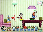 Mickey and Friends in pillow fight játék